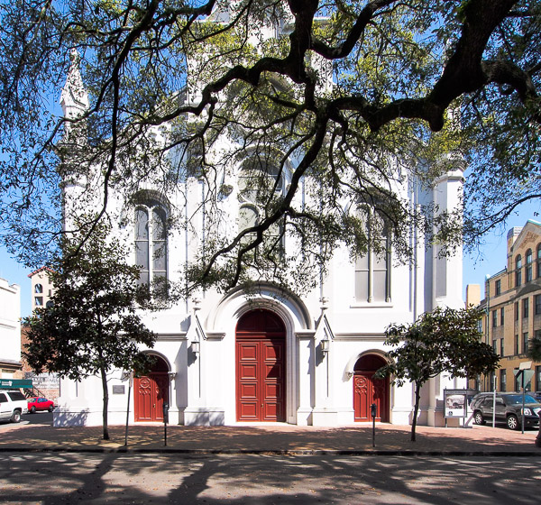 Fun things to do in Savannah : Lutheran Church of the Ascension in Savannah GA.