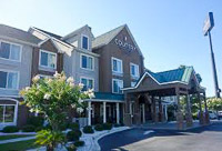 Fun things to do in Savannah : Country Inn & Suites  I-95 North in Port Wentworth GA.