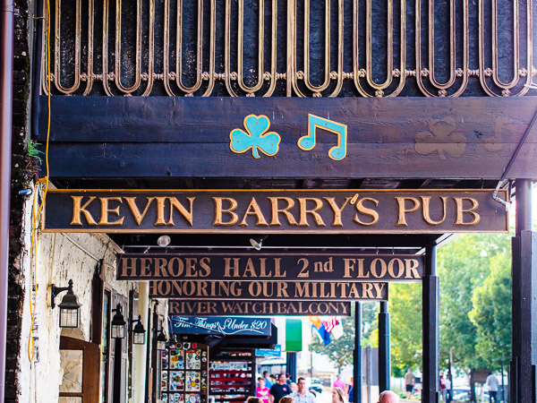 Fun things to do in Savannah : Kevin Barrys Pub in Savannah, GA.