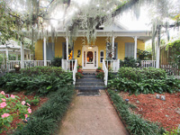 Fun things to do in Savannah : Tybee Island Inn in Tybee Island GA.